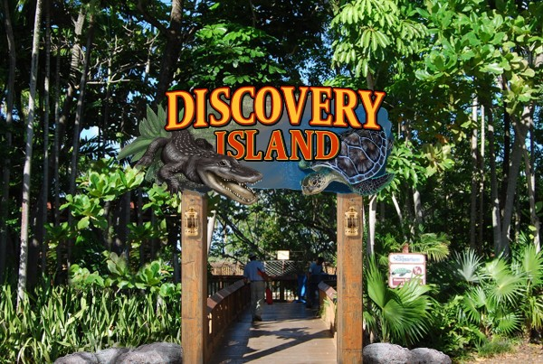 4-10. Discovery Island 20140909f2
